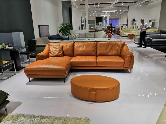 sofa da màu cam