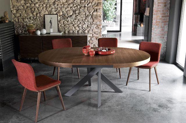 bàn ăn gỗ mặt tròn chân sắt
