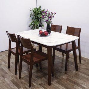 Có nên chọn bàn ăn gỗ mặt đá trong thiết kế nội thất nhà bếp hiện đại?