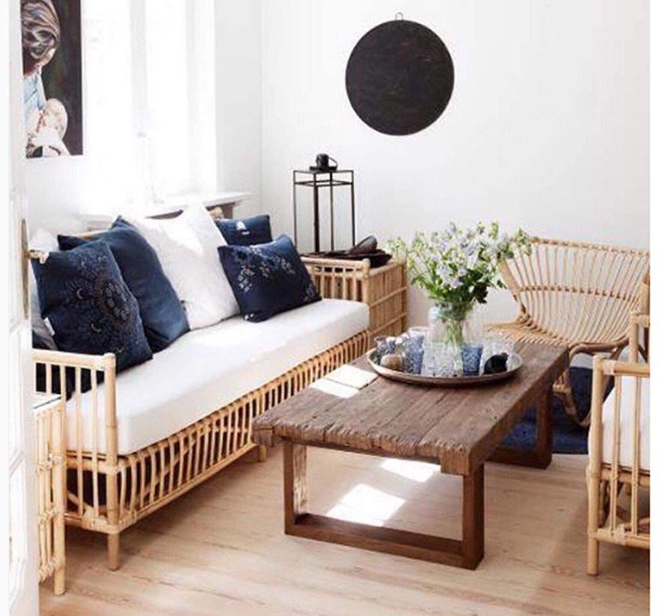 sofa mây đơn giản