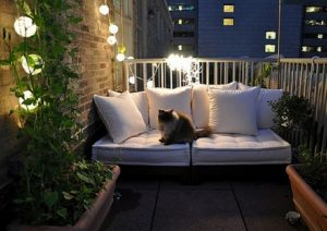 Tiêu chí chọn sofa mini cho ban công xinh xắn và tiện lợi bạn cần biết